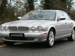 JAGUAR XJ6 X350 2004 54. VERY LOW MILEAGE WITH FULL HISTORY