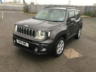 Jeep Renegade 1.0 GSE Limited 2019 only 700 mls excellent condition