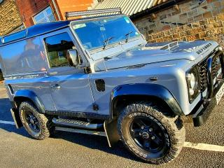 Land Rover Defender 90 2004