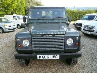 LAND ROVER DEFENDER 90 TD5 ONLY 52000 MILES NEW WHEELS AND CONTINENTAL TYRES FUL