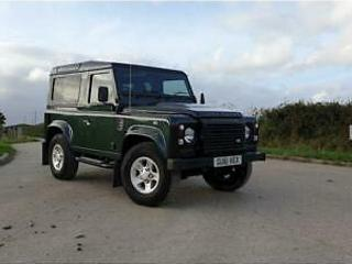 Land Rover Defender 90 Td XS Station Wagon 2.4 6 Speed Manual Diesel