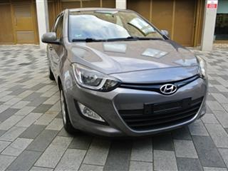 Left Hand Drive Hyundai 2013 I20 1.2 ACTIVE 5 DOOR LHD For Sale London LHD Centre ref 2140