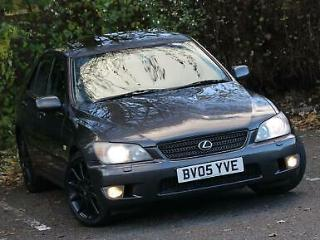 Lexus IS 200 2.0 SE 4dr, Automatic gearbox, Grey