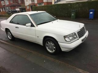 Mercedes E220 coupe w124 lovely low milage, comprehensive service history
