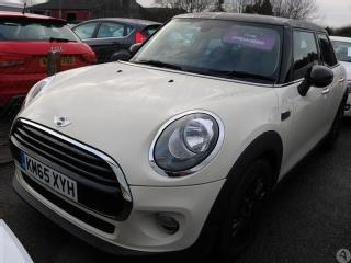 MINI Cooper 1.5 5dr Chili Pack Pan Roof Hatchback 2015, 26330 miles, £11999
