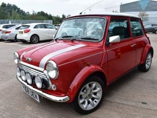 MINI Cooper S 1.3 COOPER SPORT 500 1 OWNER CAR ONLY 2800 MILES ONE OF THE LAST 500 MADE Saloon 2001, 2800 miles, £26000