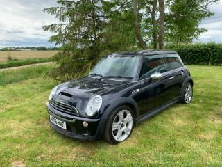 Mini Cooper s 2006 chilli pack/ plus extra spec