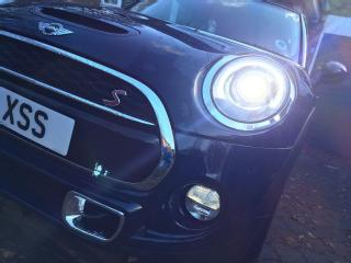 Mini Cooper S 2.0 Special Ltd Colour, £3.5k CHILI AND MEDIA pack 1 own. Dunlops
