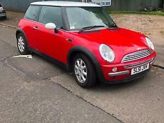 Mini Mini 1.6 Cooper very clean loaded with extras