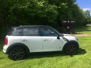 Mini Mini Countryman 2.0TD 143bhp ALL4 Chili Auto 2012 Cooper SD White