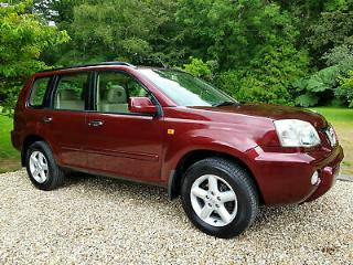 Nissan X Trail 2.5 Automatic SVE + Full Leather + Heated Seats + Panoramic Roof