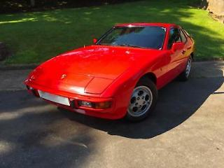 PORSCHE 924 S 2.5 GUARDS RED 1987