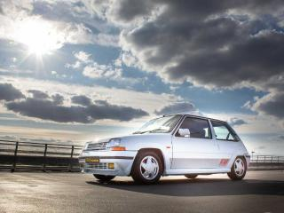 RENAULT 5 GT TURBO none suroof glacier White px