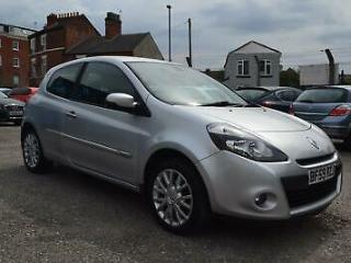 Renault Clio 1.5dCi Diesel hatch cheap tax and insurance Silver