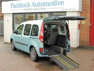 Renault Kangoo Expression 1.6 Petrol Disabled Wheelchair Adapted Vehicle WAV