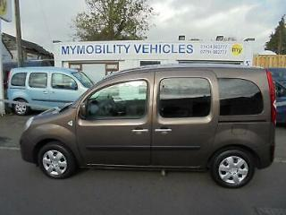 Renault Kangoo Expression Wheelchair Scooter Accessible Car WAV. 11000 MILES