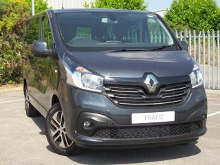 Renault Trafic, 25 miles, £25995