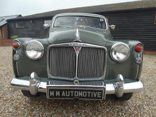 Rover 110 MANUAL 6 CYLINDER OLDER RESTORATION Saloon 1964, 28000 miles, £7750