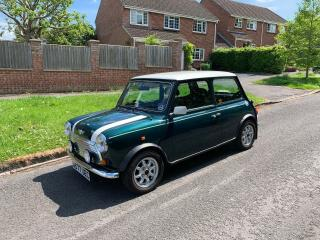 Rover Mini Cooper 1.3L British Racing Green