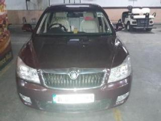 Skoda Laura AMBIENTE 2.0 TDI CR AT 2012