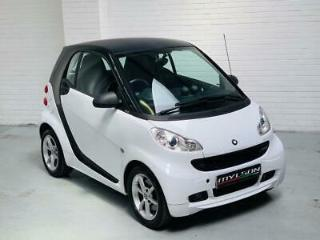 Smart Fortwo Pulse MHD Auto White 2012 1.0 Petrol Coupe