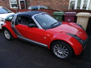 smart roadster coupe always garaged extremely low miles 18 474