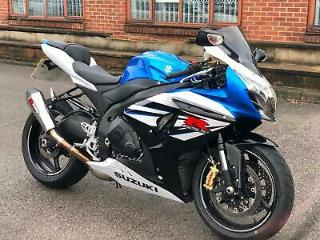 Suzuki GSXR1000 l4 GSXR 1000 BLUE/WHITE LOW MILES