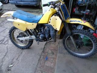 suzuki tsx 125 ts 125 offroad bike with has a log book runs. vinduro