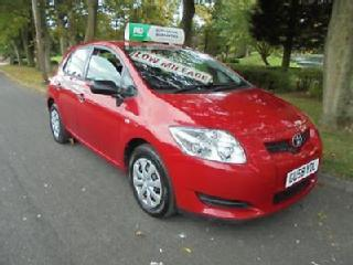 Toyota Auris 1.4 VVT i T2 5 DOOR