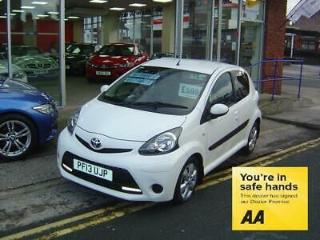 Toyota AYGO VVT I MOVE WITH STYLE MM