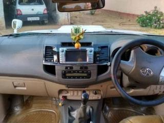toyota fortuner 2012 3.0 LIMITED EDITION