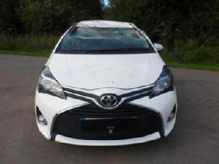 Toyota Yaris 1.33 VVT i 99bhp 2015MY Icon *BREAKING FOR SPARE PARTS ONLY