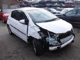 Toyota Yaris 1.33 VVT i SR SALVAGE DAMAGED REPAIRABLE
