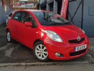 TOYOTA YARIS T SPIRIT VVT I 2011 Petrol Manual in Red