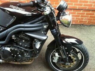 Triumph Speed Triple 2010 1 owner 16k some triumph history Arrows