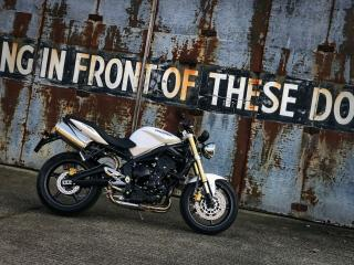 Triumph Street Triple 675 Lovely condition, well cared for bike