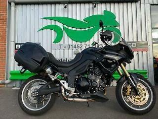 TRIUMPH TIGER 1050 2006 LOVELY EXAMPLE PANNIERS
