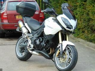 TRIUMPH TIGER 1050 2009 09 ARROW TOP BOX HEATED GRIPS