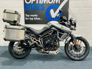 Triumph Tiger 800 XRX LOW ! FULLY LOADED ! LOW CHASSIS MODEL ! 1 OWNER !