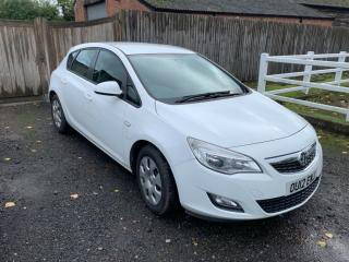 Vauxhall Astra 1.3 cdti diesel ex police.read description,2012 £20 tax for year