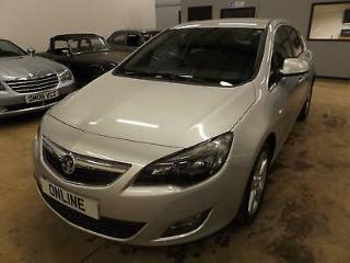 VAUXHALL ASTRA CDTi 95 ecoFLEX Opt Start Stop SRi Silver Manual Diesel, 2011