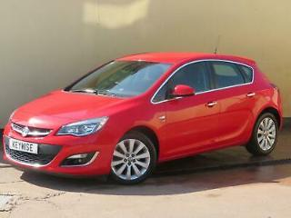 VAUXHALL ASTRA ELITE 2013 13 5DR WITH ONLY 25,800 MILES
