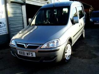 Vauxhall Combo petrol wav wheelchair access accessible disabled car vehicle