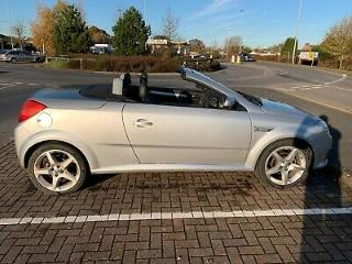 Vauxhall Tigra TwinTop 1.8 Exclusiv Very Low Mileage