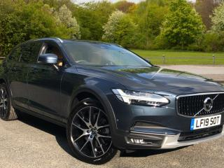 Volvo V90 2.0 D4 Cross Country Plus AWD Estate 2020, 50 miles, £40000