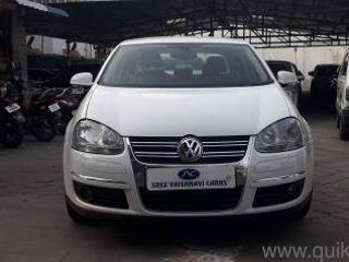 White 2010 Volkswagen Jetta Highline TDI AT 85,000 kms driven in Tatabad