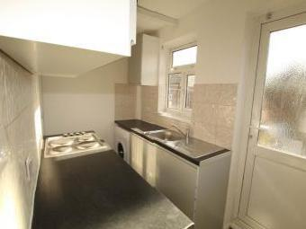 Simple Bathrooms Hounslow 3 houses and flats to rent from simple - nestoria