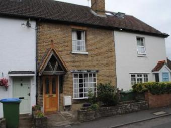 St. Peters Road, West Molesey KT8