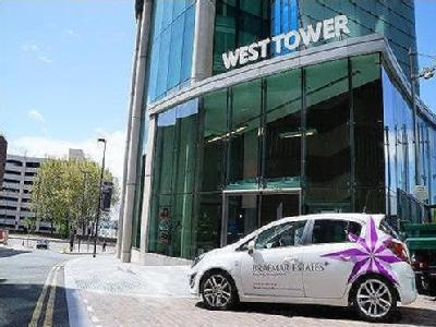 West Tower, Brook Street, L3 - Porter