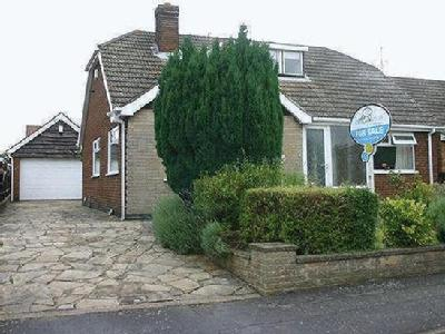 House for sale, Weston Grove - Garden